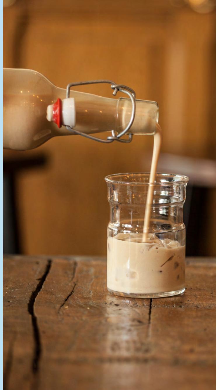 Hazelnut cream alcohol