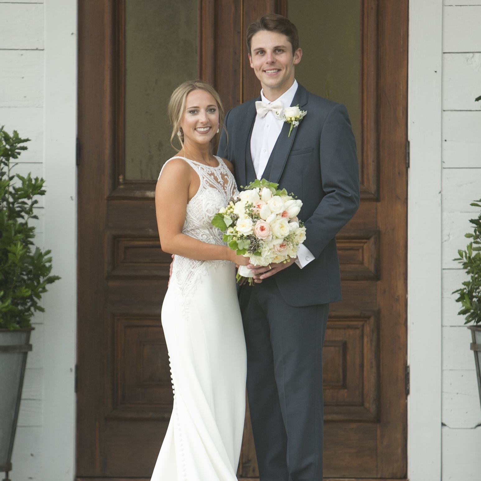 MRS. SHELBY WALLACE TERRELL  Photographer | Chao Photography Dress | Martina Liana Planner | Kendall Poole Event Planning