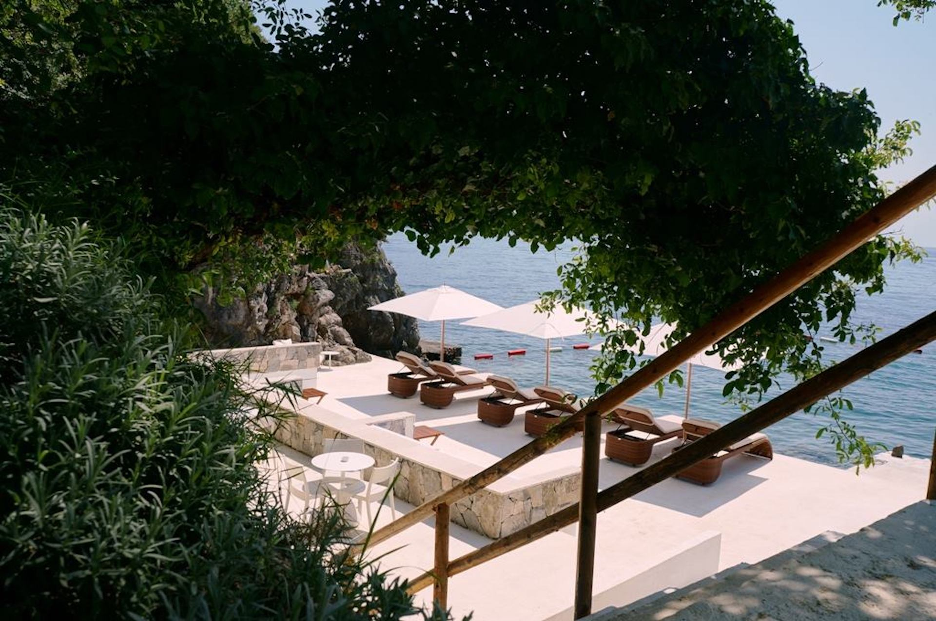 ExteriorDukleyHotel&Resort4.jpg