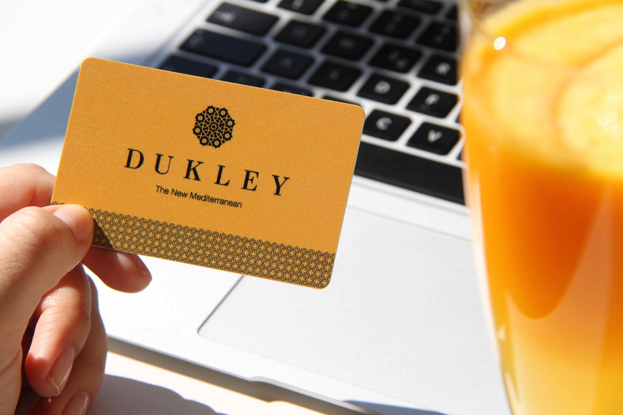 Dukley Card Gold.jpg