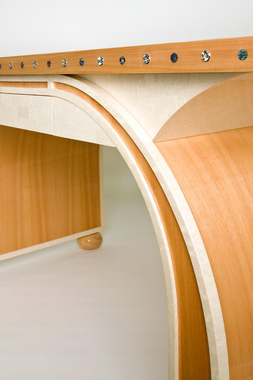 Van Desk_0038.jpg