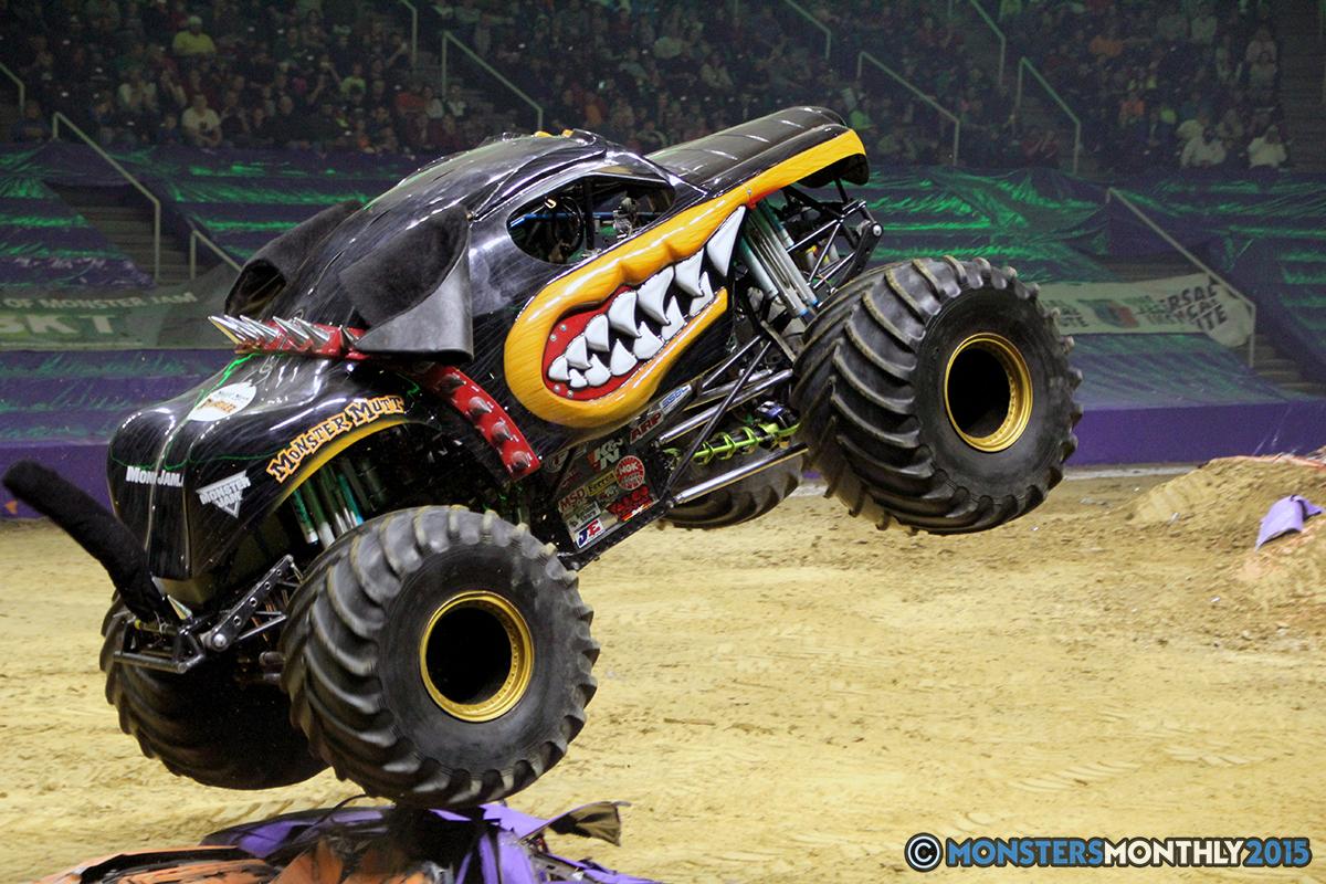 03-monsters-monthly-com-monster-jam-2015-thompson-bolin-arena-knoxville-tennessee-monster-truck.jpg