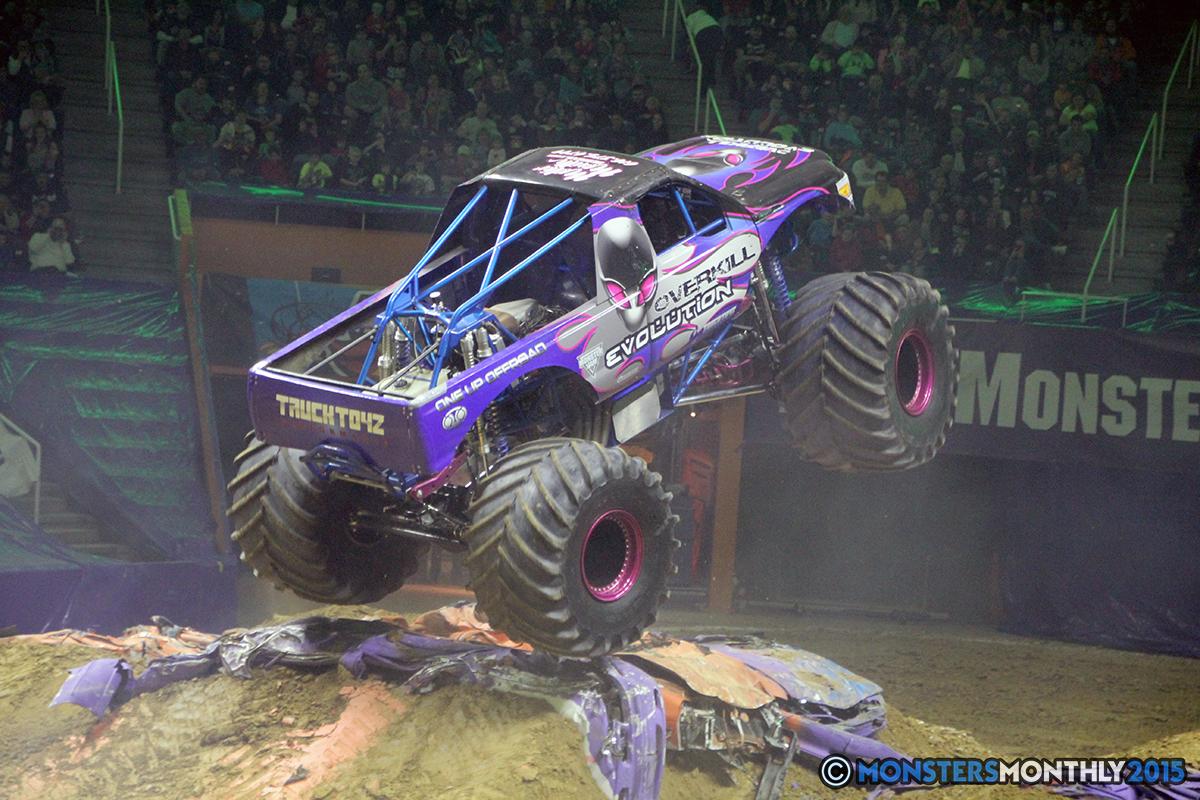 06-monsters-monthly-com-monster-jam-2015-thompson-bolin-arena-knoxville-tennessee-monster-truck.jpg