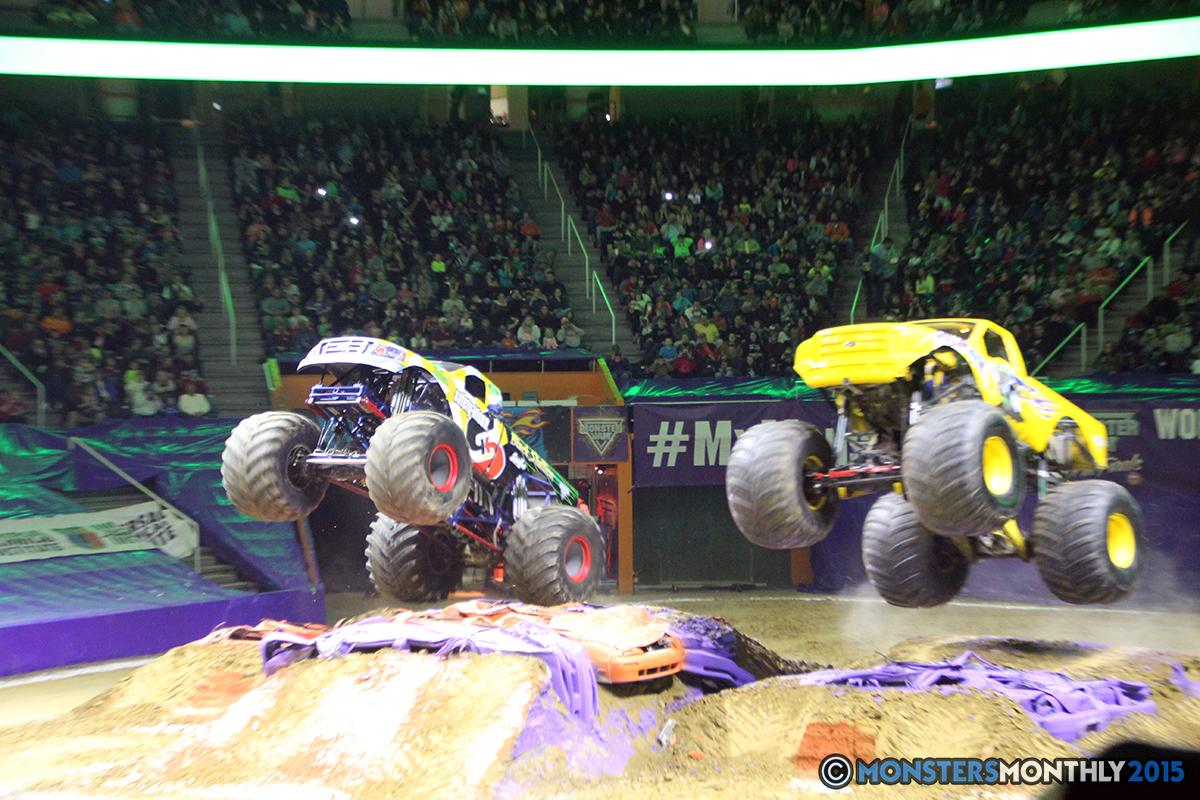 17-monsters-monthly-com-monster-jam-2015-thompson-bolin-arena-knoxville-tennessee-monster-truck.jpg