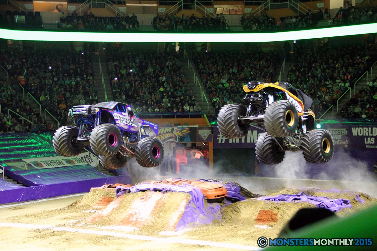 19-monsters-monthly-com-monster-jam-2015-thompson-bolin-arena-knoxville-tennessee-monster-truck.jpg