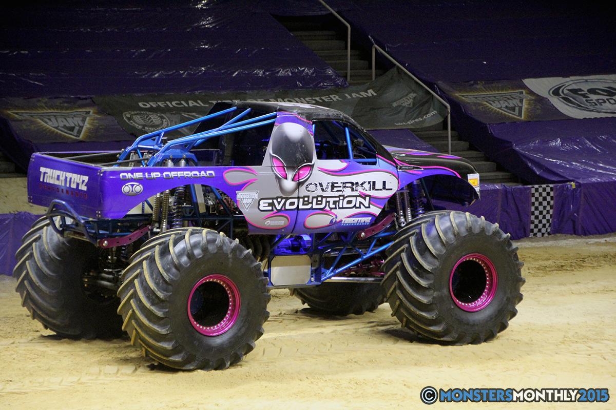 25-monsters-monthly-com-monster-jam-2015-thompson-bolin-arena-knoxville-tennessee-monster-truck.jpg