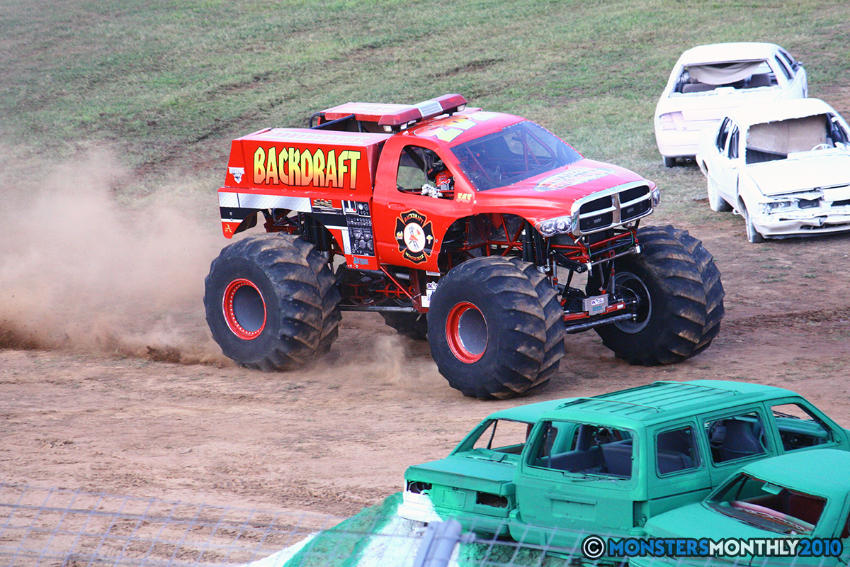 17-monstersmonthly-2010-charlotte-dirt-track-monster-truck-back-to-school-bash.jpg