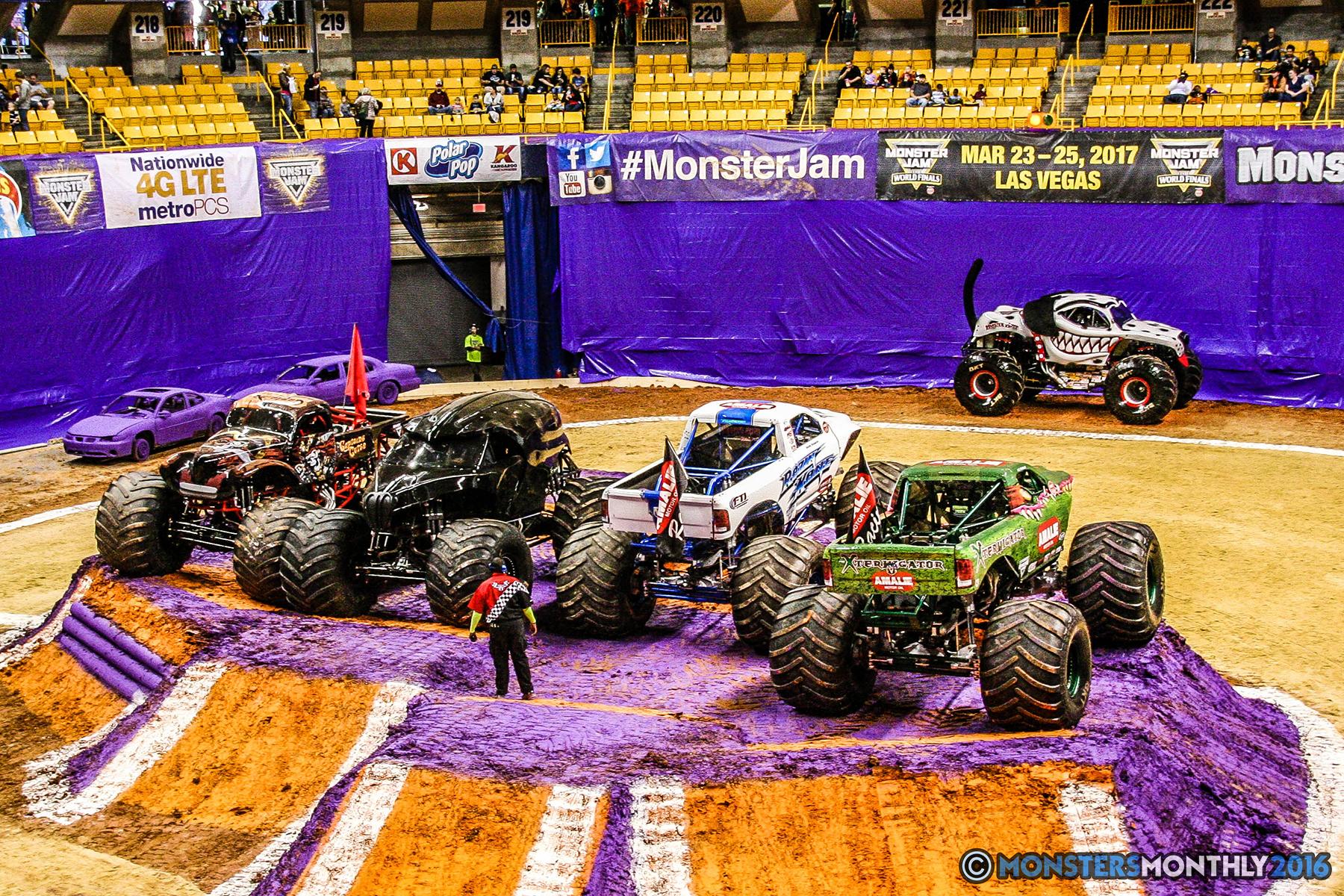 02-monster-jam-utc-mckenzie-arena-chattanooga-tennessee-monstersmonthly-monster-truck-race-gravedigger-monstermutt-xtermigator-razin-kane-doomsday-captainscurse-2016.jpg