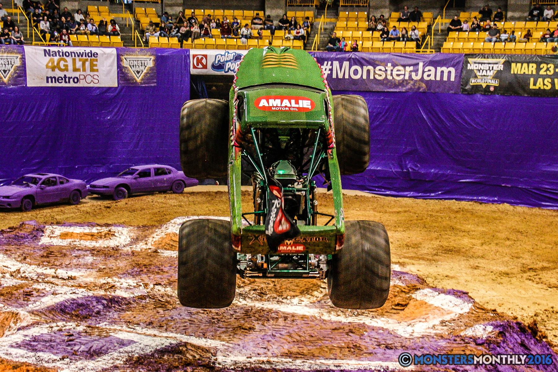 23-monster-jam-utc-mckenzie-arena-chattanooga-tennessee-monstersmonthly-monster-truck-race-gravedigger-monstermutt-xtermigator-razin-kane-doomsday-captainscurse-2016.jpg