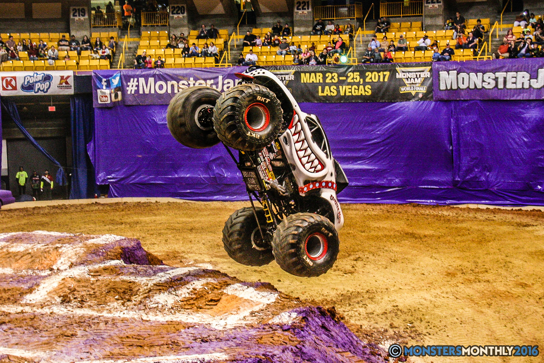 29-monster-jam-utc-mckenzie-arena-chattanooga-tennessee-monstersmonthly-monster-truck-race-gravedigger-monstermutt-xtermigator-razin-kane-doomsday-captainscurse-2016.jpg