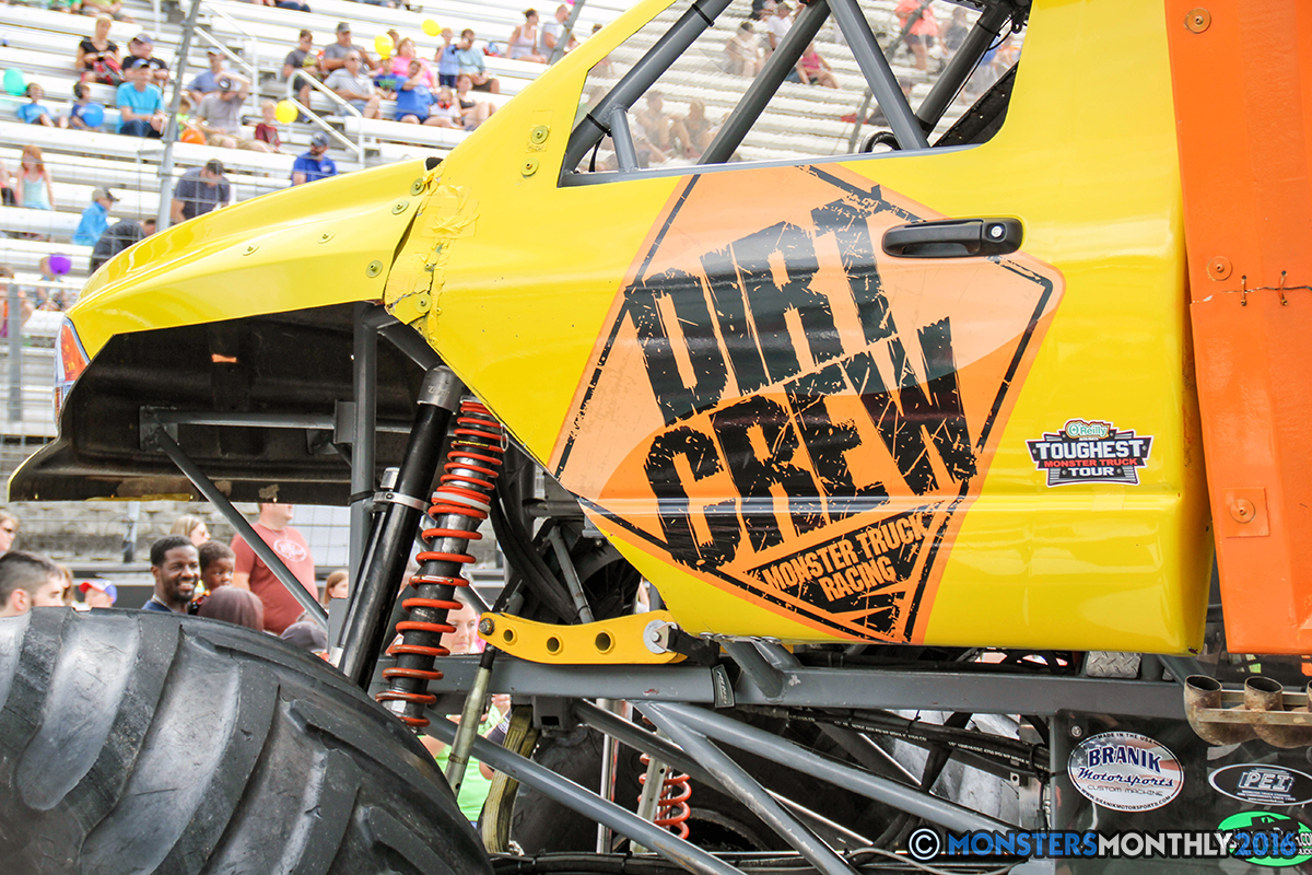 01-monsters-monthly-thompson-metal-monster-truck-madness-2016-bristol-motor-speedway-bigfoot-heavy-hitter-hooked-stone-crusher-quad-chaos-dawg-pound-dirt-crew.jpg
