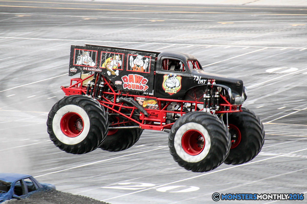 10-monsters-monthly-thompson-metal-monster-truck-madness-2016-bristol-motor-speedway-bigfoot-heavy-hitter-hooked-stone-crusher-quad-chaos-dawg-pound-dirt-crew.jpg