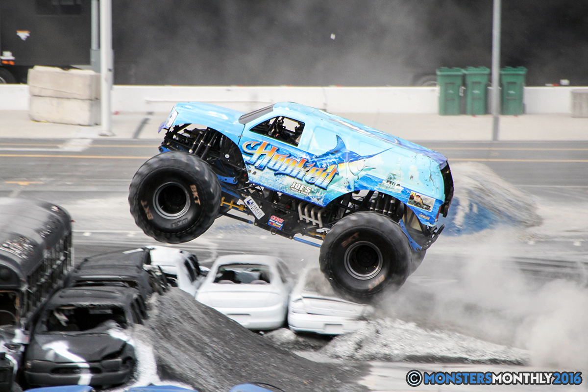 16-monsters-monthly-thompson-metal-monster-truck-madness-2016-bristol-motor-speedway-bigfoot-heavy-hitter-hooked-stone-crusher-quad-chaos-dawg-pound-dirt-crew.jpg
