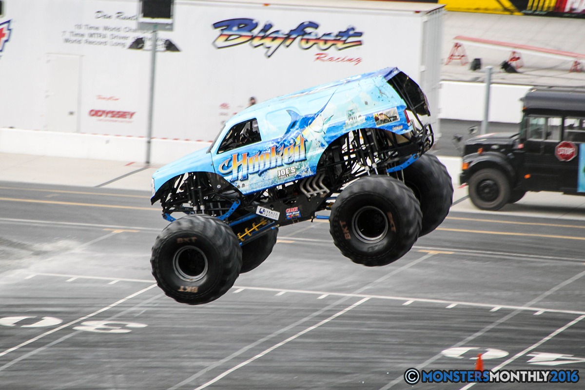 17-monsters-monthly-thompson-metal-monster-truck-madness-2016-bristol-motor-speedway-bigfoot-heavy-hitter-hooked-stone-crusher-quad-chaos-dawg-pound-dirt-crew.jpg