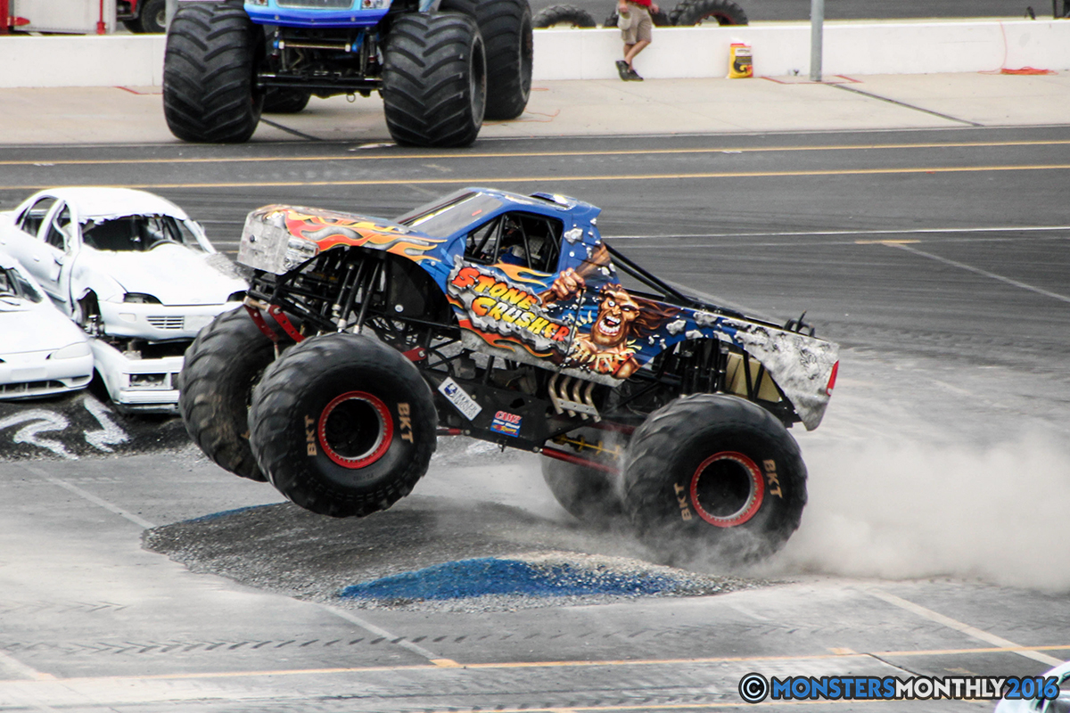 26-monsters-monthly-thompson-metal-monster-truck-madness-2016-bristol-motor-speedway-bigfoot-heavy-hitter-hooked-stone-crusher-quad-chaos-dawg-pound-dirt-crew.jpg