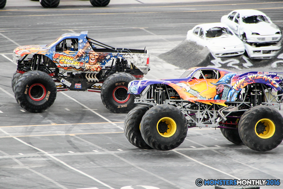 28-monsters-monthly-thompson-metal-monster-truck-madness-2016-bristol-motor-speedway-bigfoot-heavy-hitter-hooked-stone-crusher-quad-chaos-dawg-pound-dirt-crew.jpg
