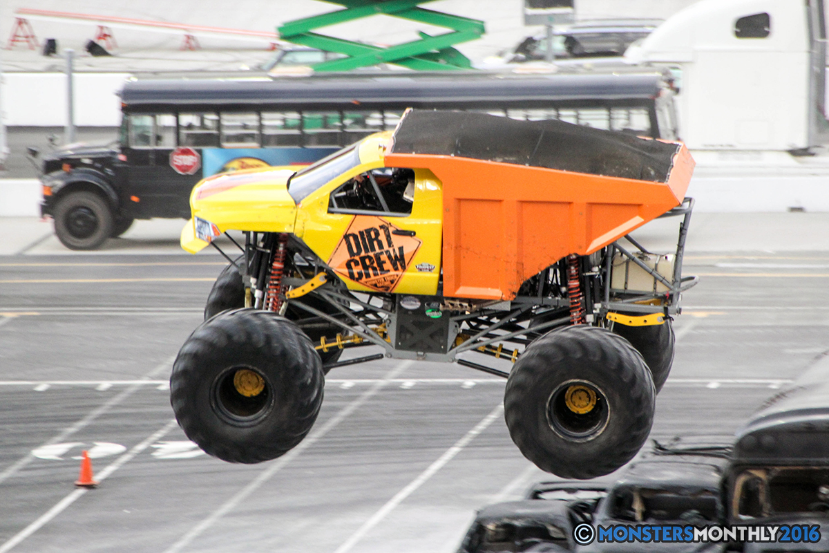 32-monsters-monthly-thompson-metal-monster-truck-madness-2016-bristol-motor-speedway-bigfoot-heavy-hitter-hooked-stone-crusher-quad-chaos-dawg-pound-dirt-crew.jpg