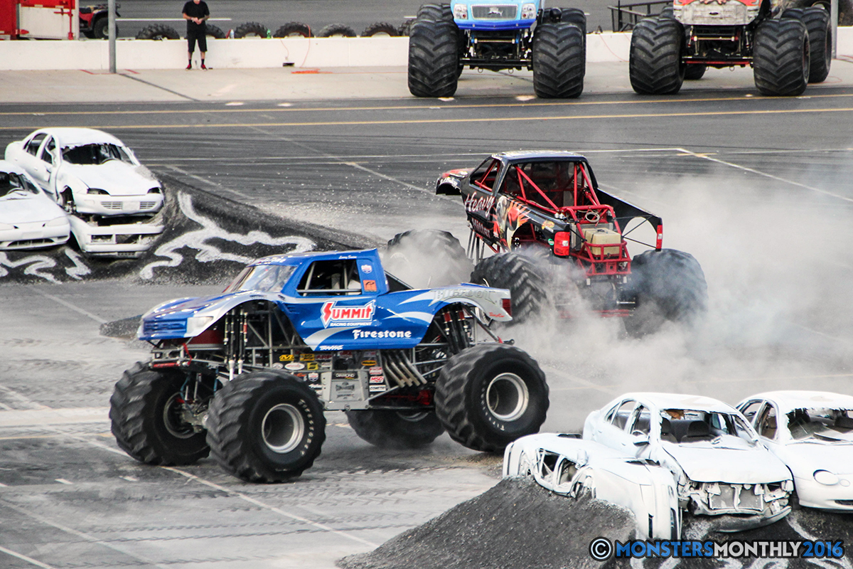 37-monsters-monthly-thompson-metal-monster-truck-madness-2016-bristol-motor-speedway-bigfoot-heavy-hitter-hooked-stone-crusher-quad-chaos-dawg-pound-dirt-crew.jpg