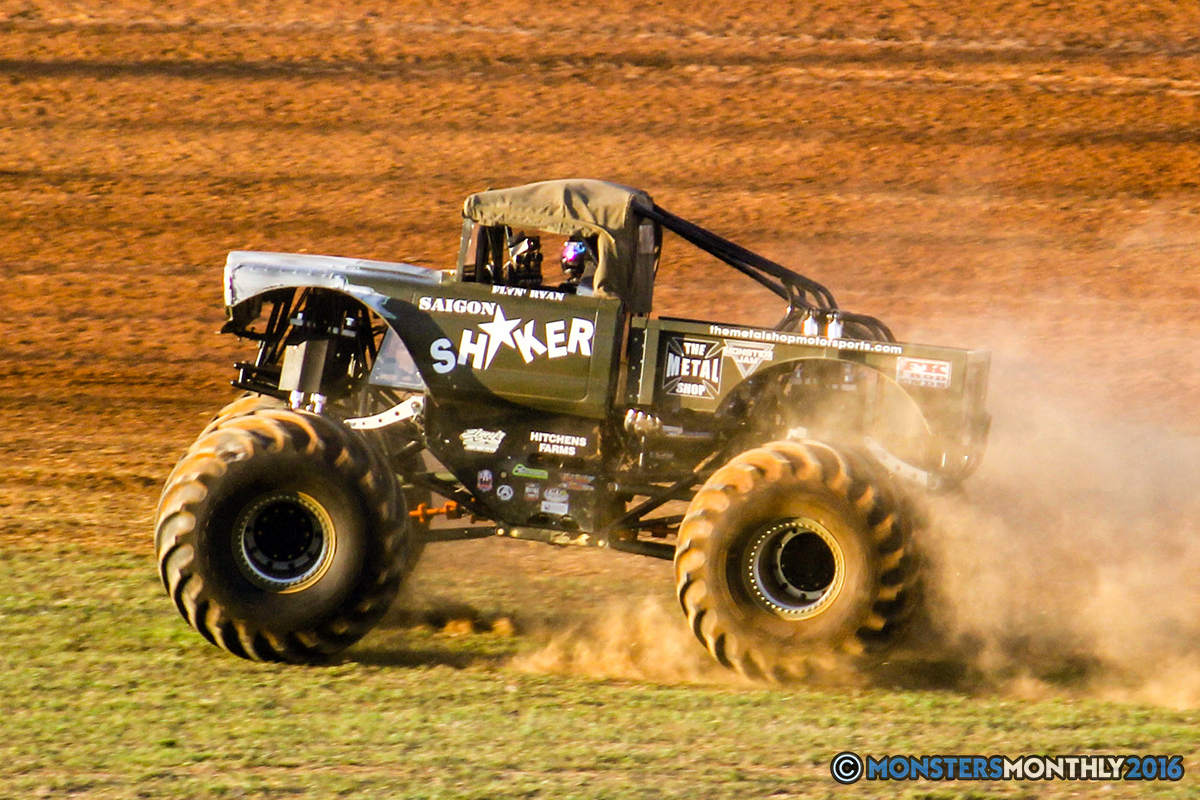 25-monsters-monthly-charlotte-monster-truck-racing-freestyle-north-carolina-2016-bigfoot-avenger-brutus-quad-chaos-heavy-hitter-saigon-shaker-dirt-crew.jpg