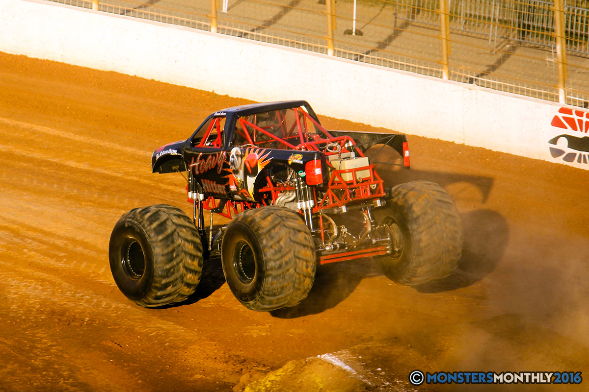 29-monsters-monthly-charlotte-monster-truck-racing-freestyle-north-carolina-2016-bigfoot-avenger-brutus-quad-chaos-heavy-hitter-saigon-shaker-dirt-crew.jpg