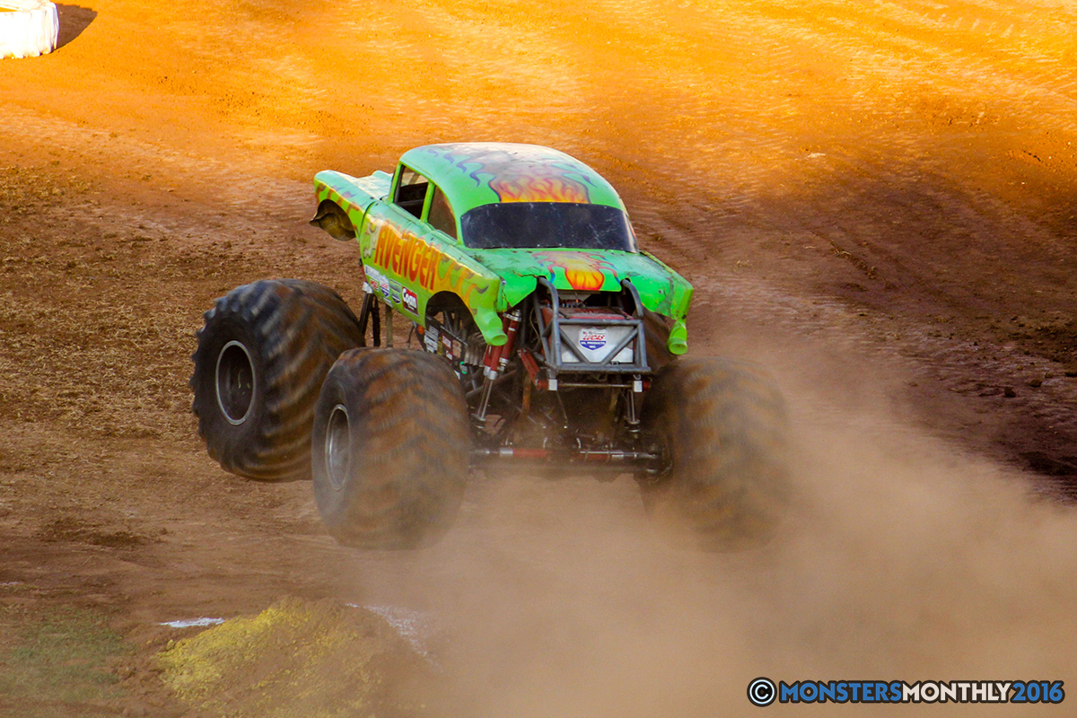 34-monsters-monthly-charlotte-monster-truck-racing-freestyle-north-carolina-2016-bigfoot-avenger-brutus-quad-chaos-heavy-hitter-saigon-shaker-dirt-crew.jpg
