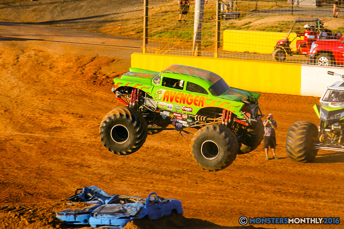 36-monsters-monthly-charlotte-monster-truck-racing-freestyle-north-carolina-2016-bigfoot-avenger-brutus-quad-chaos-heavy-hitter-saigon-shaker-dirt-crew.jpg