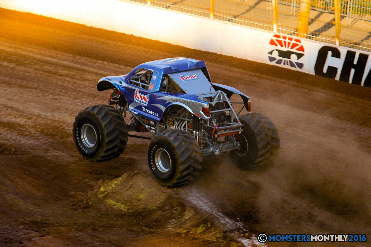 48-monsters-monthly-charlotte-monster-truck-racing-freestyle-north-carolina-2016-bigfoot-avenger-brutus-quad-chaos-heavy-hitter-saigon-shaker-dirt-crew.jpg