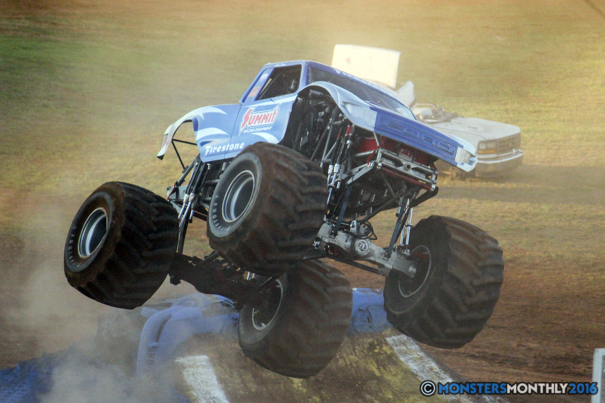 50-monsters-monthly-charlotte-monster-truck-racing-freestyle-north-carolina-2016-bigfoot-avenger-brutus-quad-chaos-heavy-hitter-saigon-shaker-dirt-crew.jpg