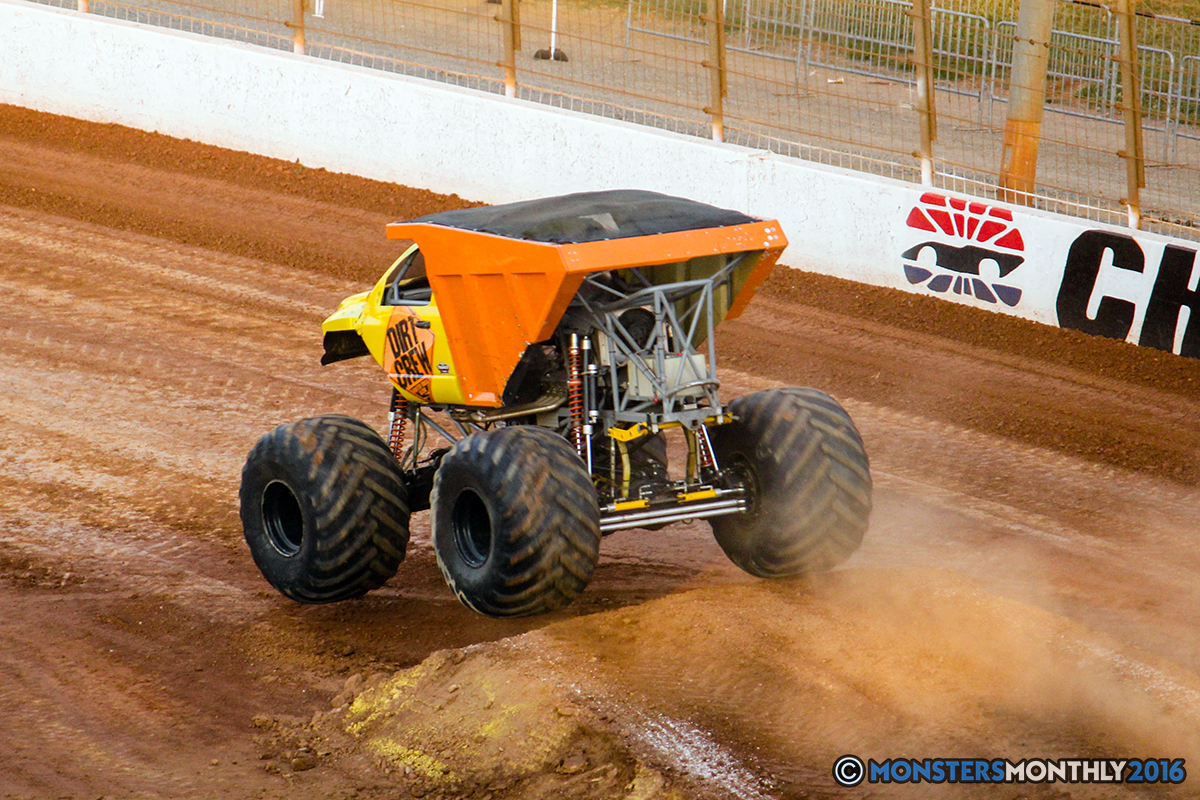57-monsters-monthly-charlotte-monster-truck-racing-freestyle-north-carolina-2016-bigfoot-avenger-brutus-quad-chaos-heavy-hitter-saigon-shaker-dirt-crew.jpg