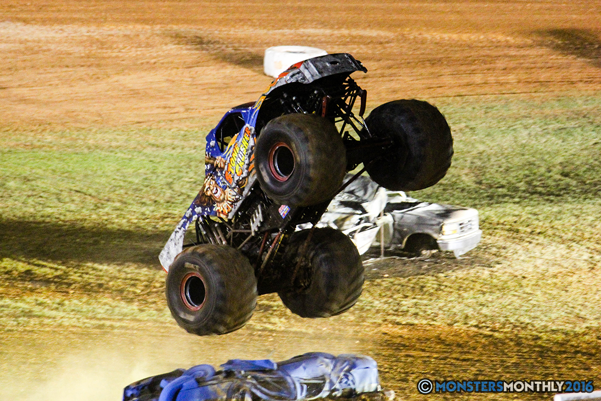 64-monsters-monthly-charlotte-monster-truck-racing-freestyle-north-carolina-2016-bigfoot-avenger-brutus-quad-chaos-heavy-hitter-saigon-shaker-dirt-crew.jpg