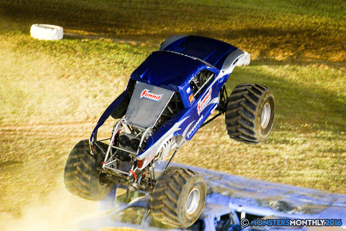 70-monsters-monthly-charlotte-monster-truck-racing-freestyle-north-carolina-2016-bigfoot-avenger-brutus-quad-chaos-heavy-hitter-saigon-shaker-dirt-crew.jpg