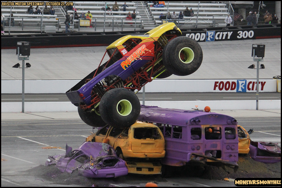 69-metropcs-monster-truck-mash-bristol-motor-speedway-2018-monsters-monthly.jpg