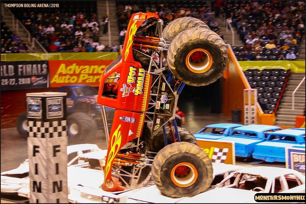 02monster-truck-photo-gallery-monster-jam-thompson-boling-arena-2010-monsters-monthly.jpg