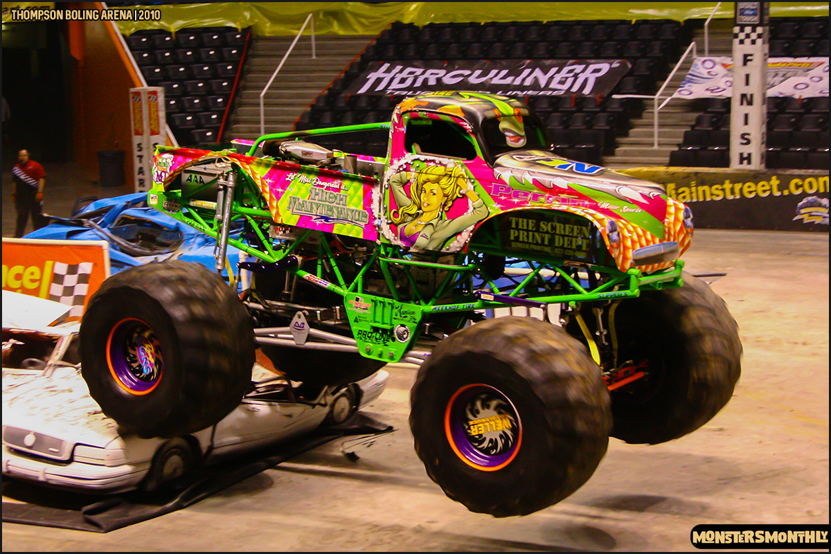 06monster-truck-photo-gallery-monster-jam-thompson-boling-arena-2010-monsters-monthly.jpg