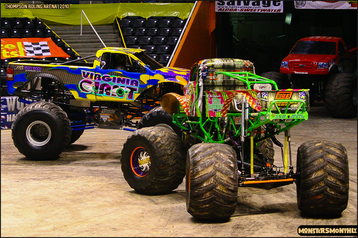 10monster-truck-photo-gallery-monster-jam-thompson-boling-arena-2010-monsters-monthly.jpg