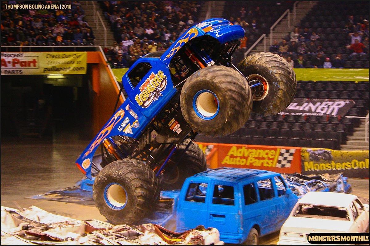 13monster-truck-photo-gallery-monster-jam-thompson-boling-arena-2010-monsters-monthly.jpg