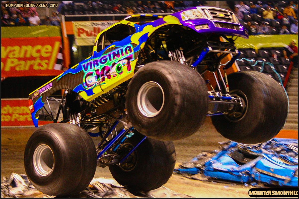 17monster-truck-photo-gallery-monster-jam-thompson-boling-arena-2010-monsters-monthly.jpg