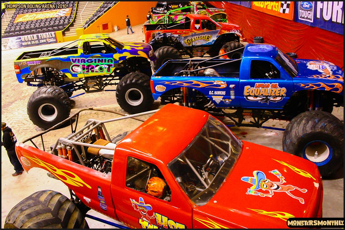18monster-truck-photo-gallery-monster-jam-thompson-boling-arena-2010-monsters-monthly.jpg