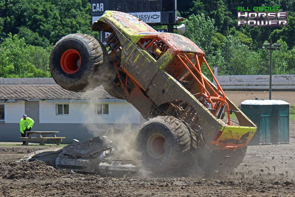 11-horsepower-photography-monster-truck-mania-2018-pa-motor-speedway-predator-full-boar-crazy-train.jpg
