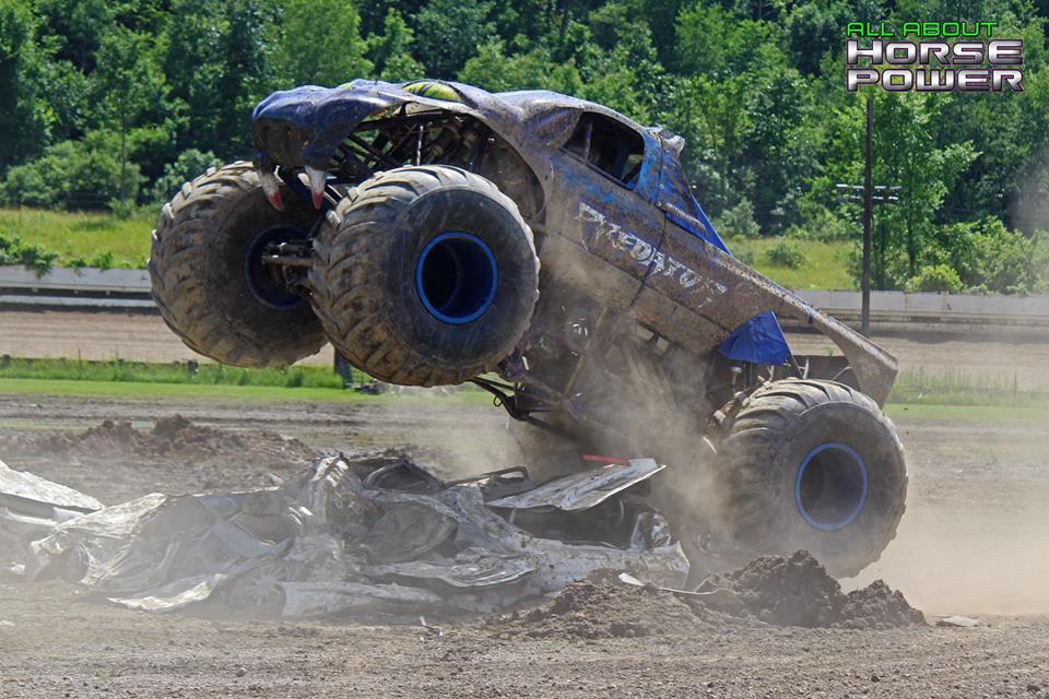 58-horsepower-photography-monster-truck-mania-2018-pa-motor-speedway-predator-full-boar-crazy-train.jpg