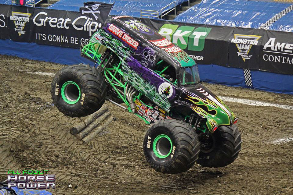 57-monster-jam-ppg-paints-arena-pittsburgh-pennsylvania-2018-all-about-horsepower-horsepower-photography.jpg