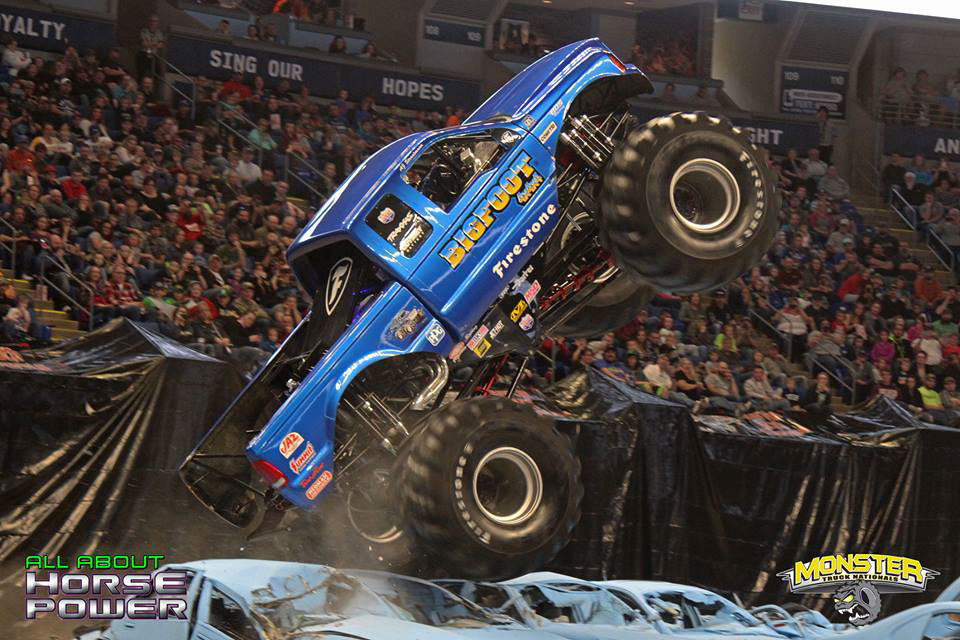 06-all-about-horsepower-photography-monster-truck-nationals-bryce-jordan-center-2018-bigfoot-basher-heavy-hitter-bad-news-ramminator.jpg