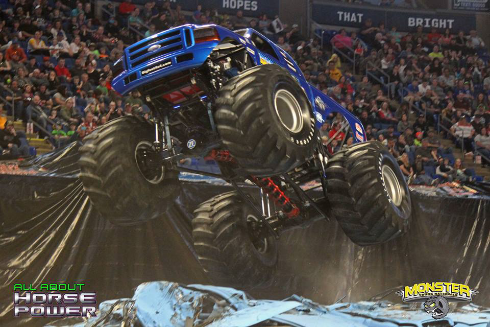 26-all-about-horsepower-photography-monster-truck-nationals-bryce-jordan-center-2018-bigfoot-basher-heavy-hitter-bad-news-ramminator.jpg