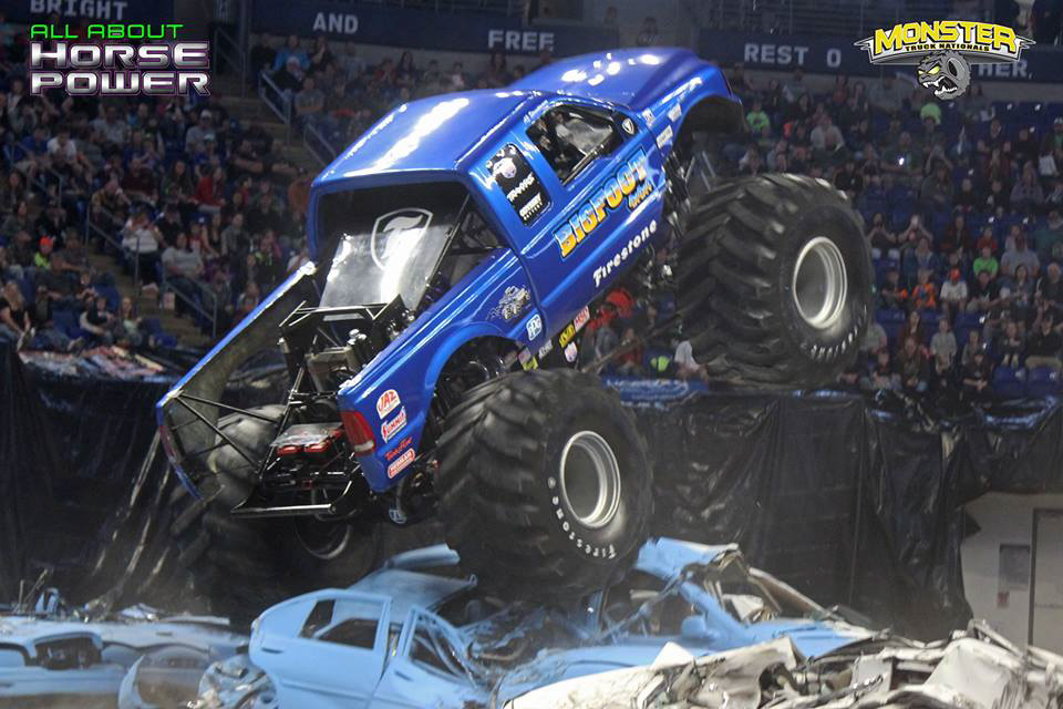 27-all-about-horsepower-photography-monster-truck-nationals-bryce-jordan-center-2018-bigfoot-basher-heavy-hitter-bad-news-ramminator.jpg