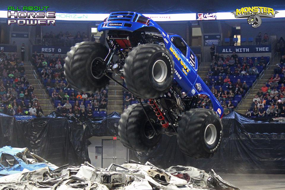 30-all-about-horsepower-photography-monster-truck-nationals-bryce-jordan-center-2018-bigfoot-basher-heavy-hitter-bad-news-ramminator.jpg