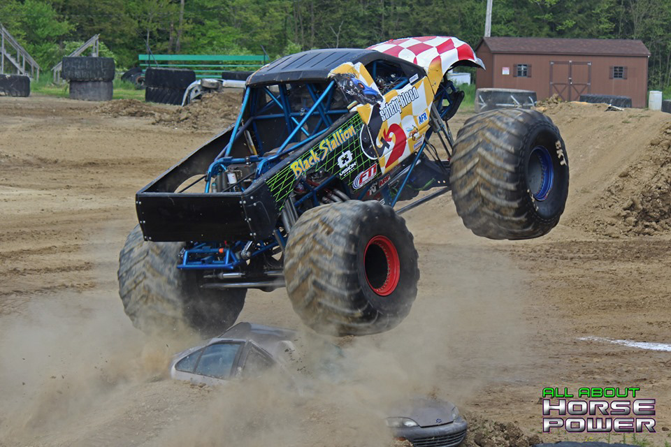 02-horsepower-photography-2019-monster-truck-photography-jm-motorsports-productions-monster-motor-madness-brookville-pennsylvania.jpg