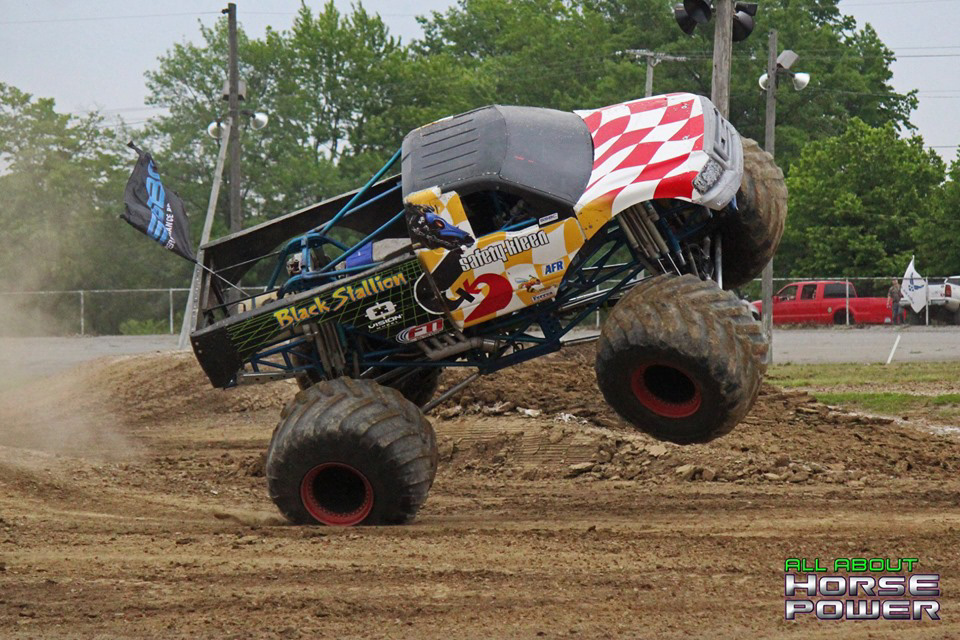 04-all-about-horsepower-photos-4-wheel-jamboree-nationals-lima-ohio-2019-general-tire-monster-truck-thunder-drags.jpg