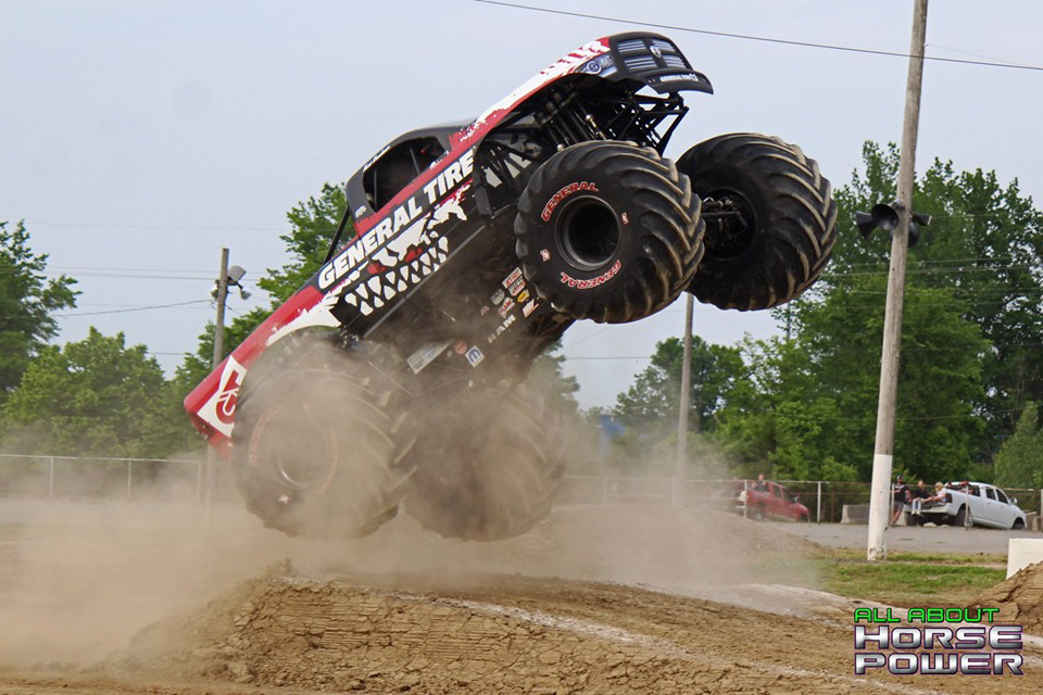 06-all-about-horsepower-photos-4-wheel-jamboree-nationals-lima-ohio-2019-general-tire-monster-truck-thunder-drags.jpg