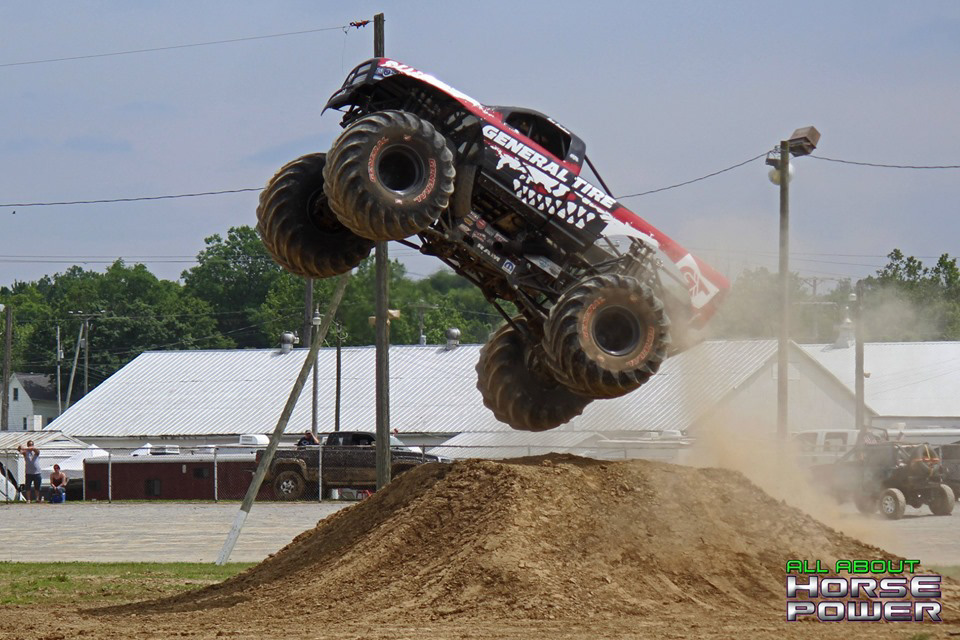 11-all-about-horsepower-photos-4-wheel-jamboree-nationals-lima-ohio-2019-general-tire-monster-truck-thunder-drags.jpg