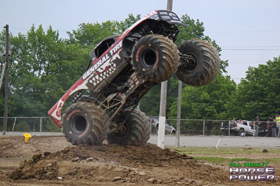 14-all-about-horsepower-photos-4-wheel-jamboree-nationals-lima-ohio-2019-general-tire-monster-truck-thunder-drags.jpg